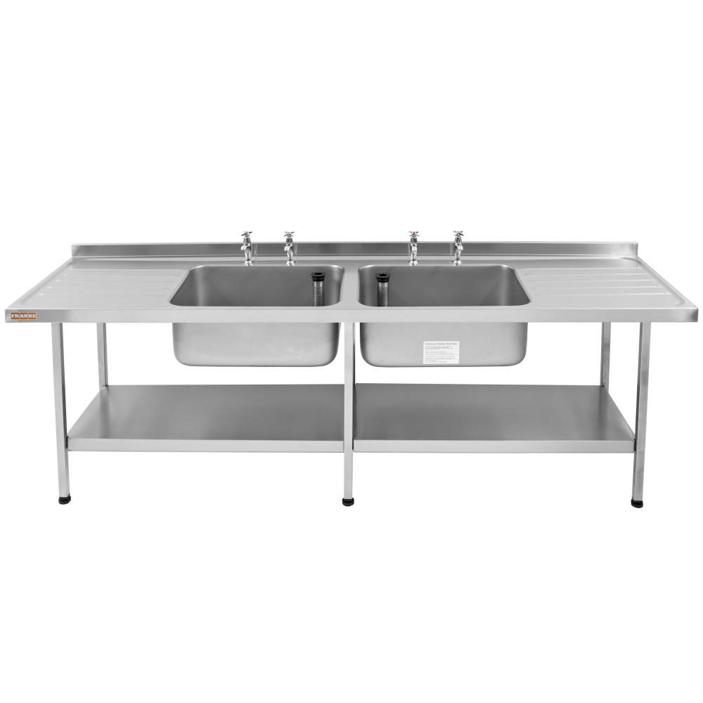 Catering sink with double bowl and double drainer